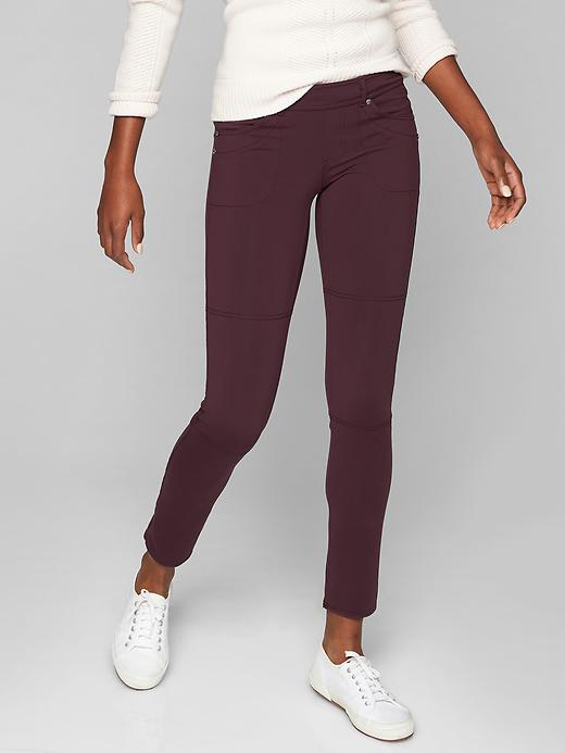 Athleta Bettona Jegging Cassis
