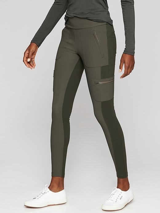 Athleta Highline Hybrid Cargo Tights Peat