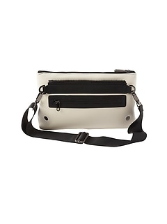 Caraa x Athleta Convertible Pouch
