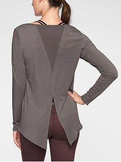 Essence Semi Fit Long Sleeve