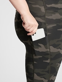 Ultimate Stash Pocket Camo 7/8 Tight