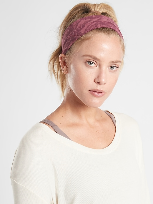 Knotted Headband in Powervita&#153